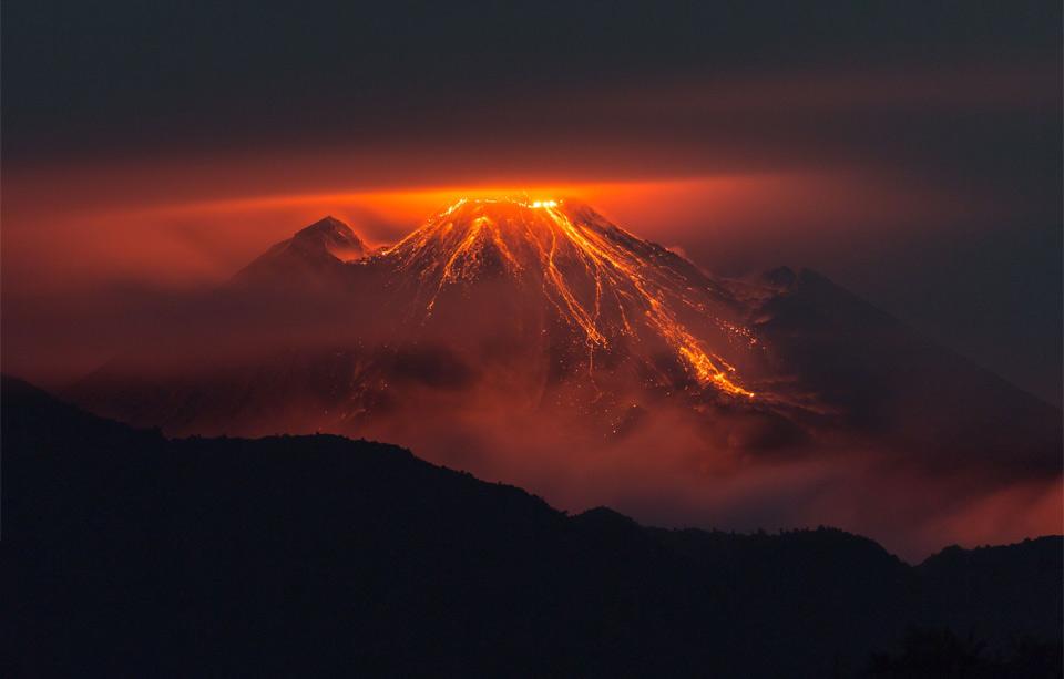 the eruption of reventador volcano, ecuador