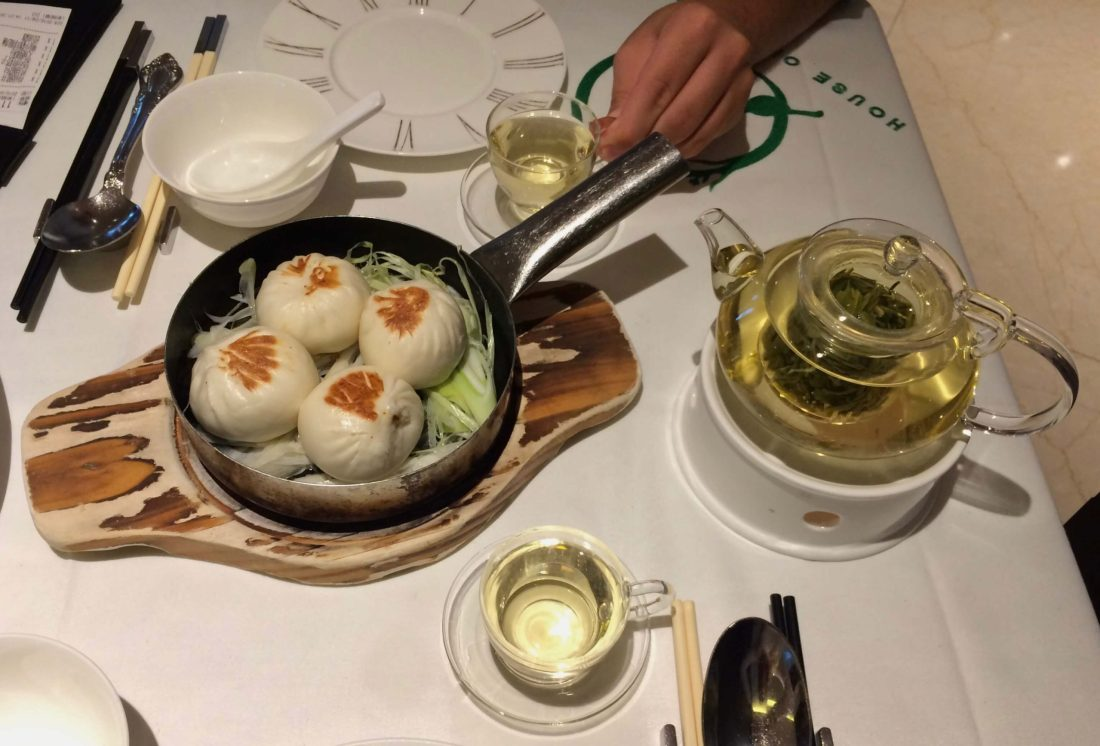 Chinese dining in Hong Kong
