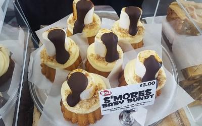 Amazing Cakes by BAKE