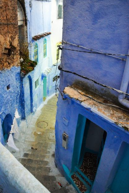 chefchaouen_hallways_stairs_mini