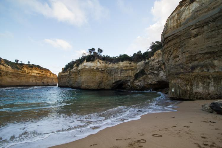 The Great Ocean Road: Loch Ard Gorge