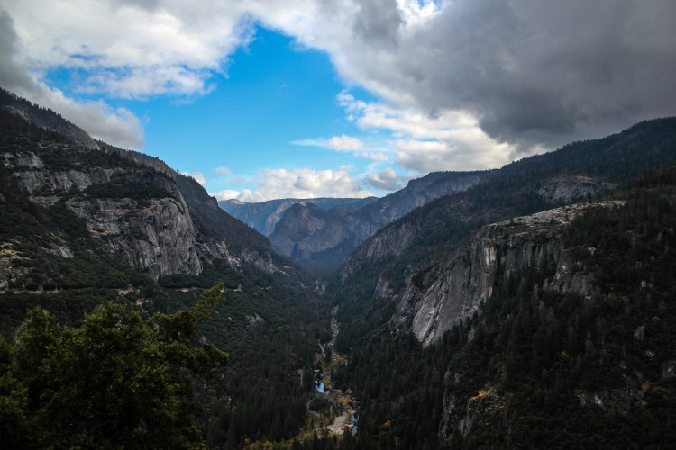 10 Stunning Photos from Yosemite Valley Drive-thevalley