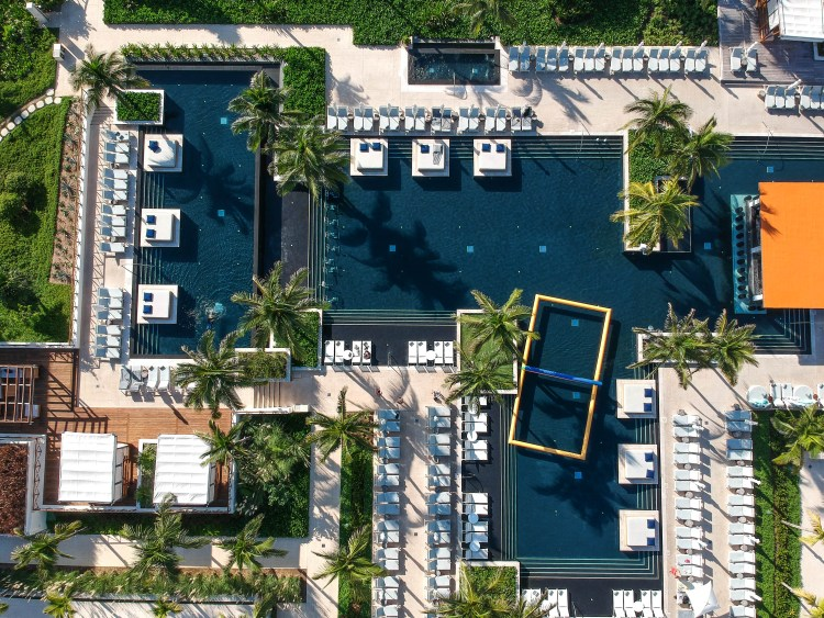 UNICO 20 87 Hotel Riviera Maya Mexico Pool