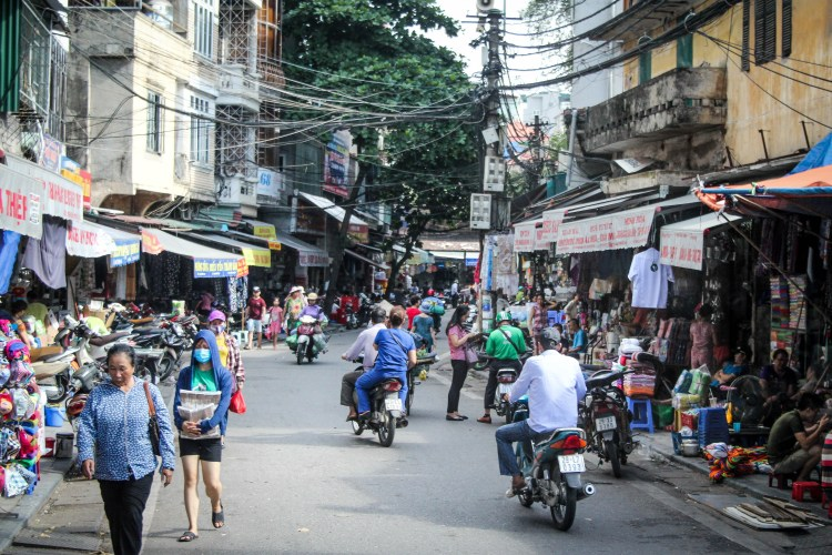 What to Expect When Visiting Hanoi, Vietnam - Scooters