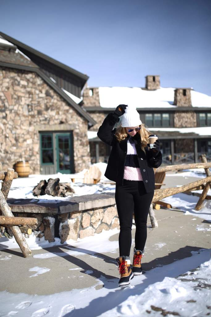 What to pack for a winter ski trip