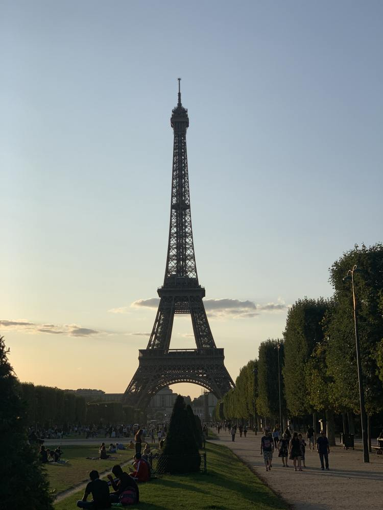 Eiffel Tower at Sunset - Most Romantic Things to Do in Paris
