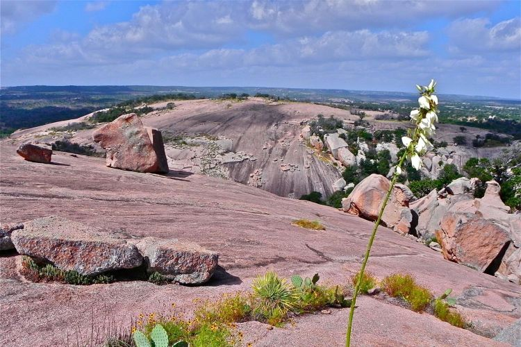Day Trip from Austin - Enchanted Rock