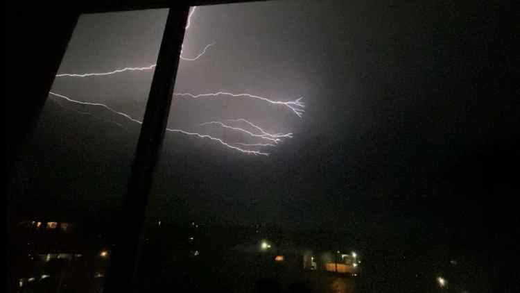 capturing Lightning on iphone