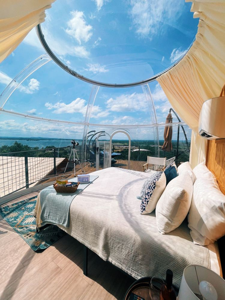 Glamping Near Austin - Stargazing Bubble Tent