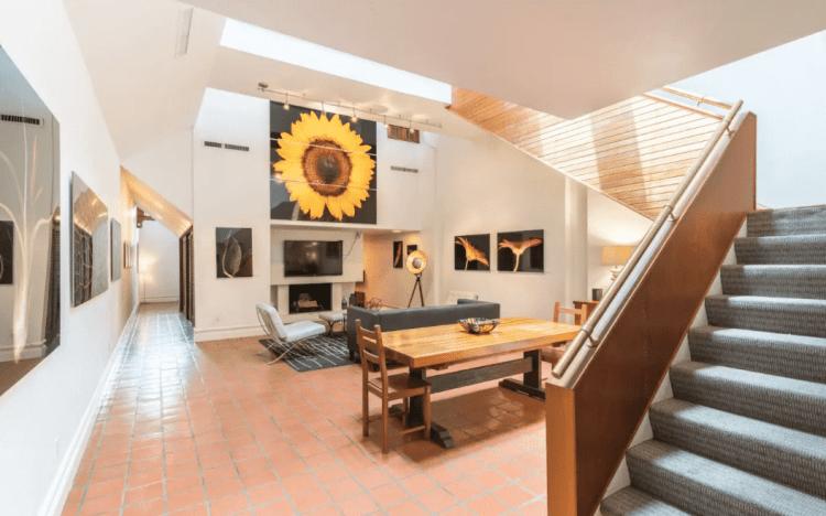 cool 6th street airbnb