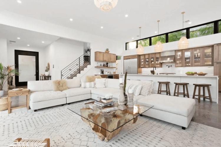 Best Austin Airbnb kitchen