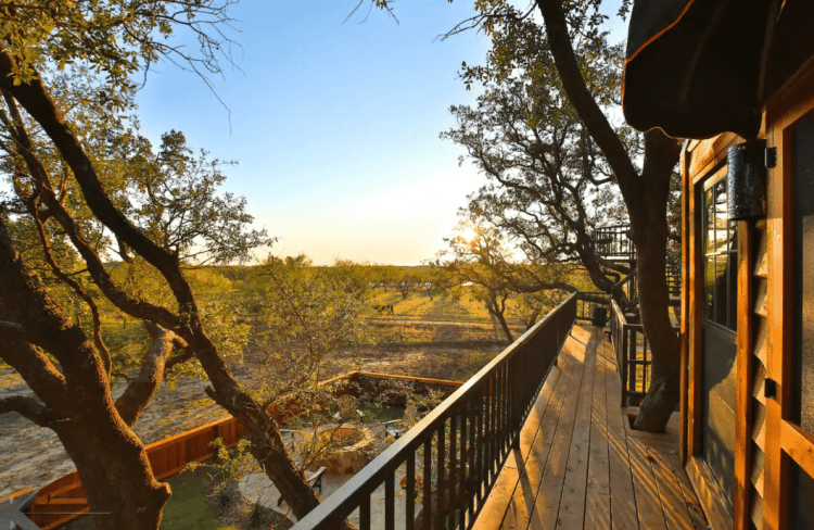 Texas Treehouse rental porch
