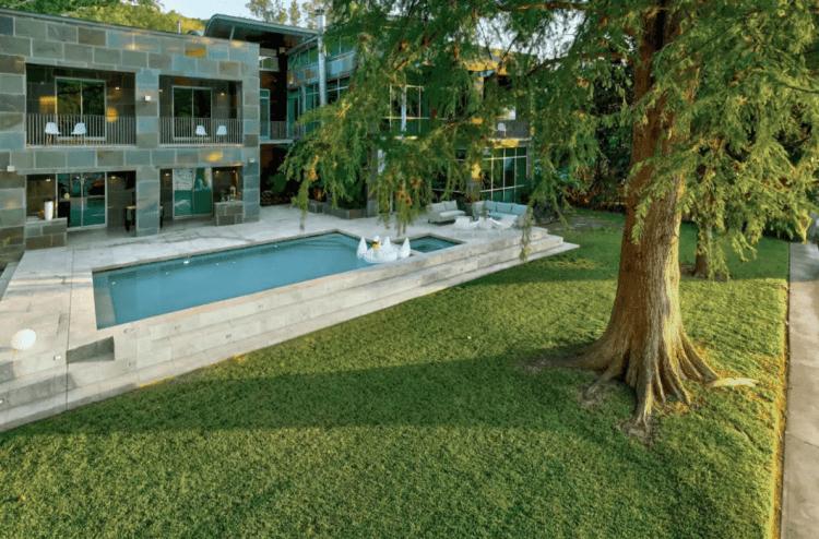 lake austin cool luxury airbnb