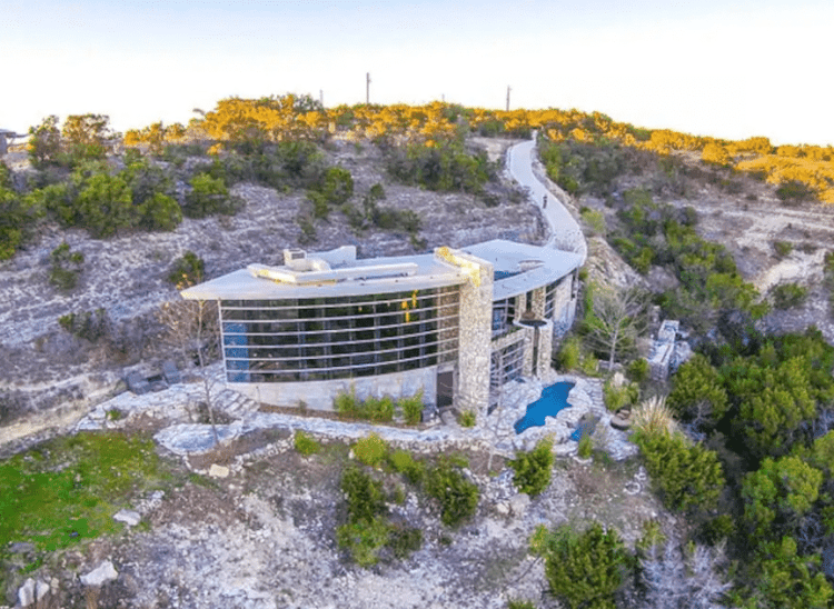 Cliffside Hill Country Airbnb
