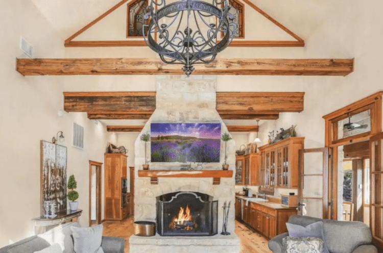 Bella Manor Airbnb
