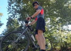 Johnathan and the Kona Dew 2018 Bike from Lewis and Clark