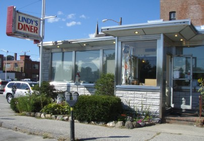 The front view of the Lindy's Diner