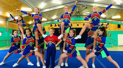 Cheerleading squad doing formation