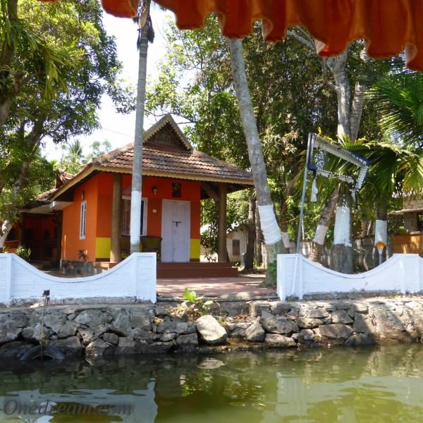 backwaters Kerala house