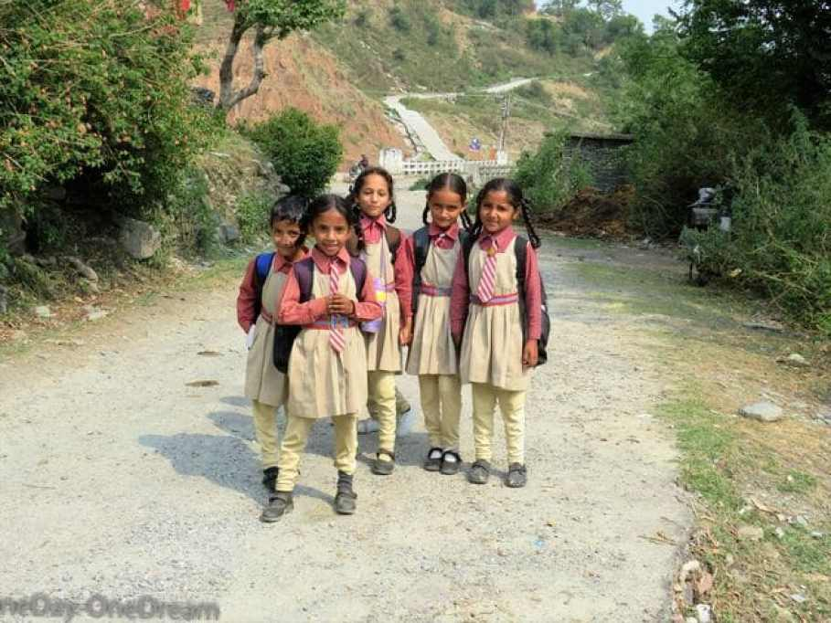 kangra indian-kids