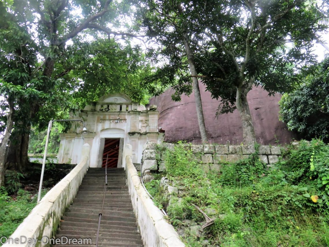 rock-temple-entrance