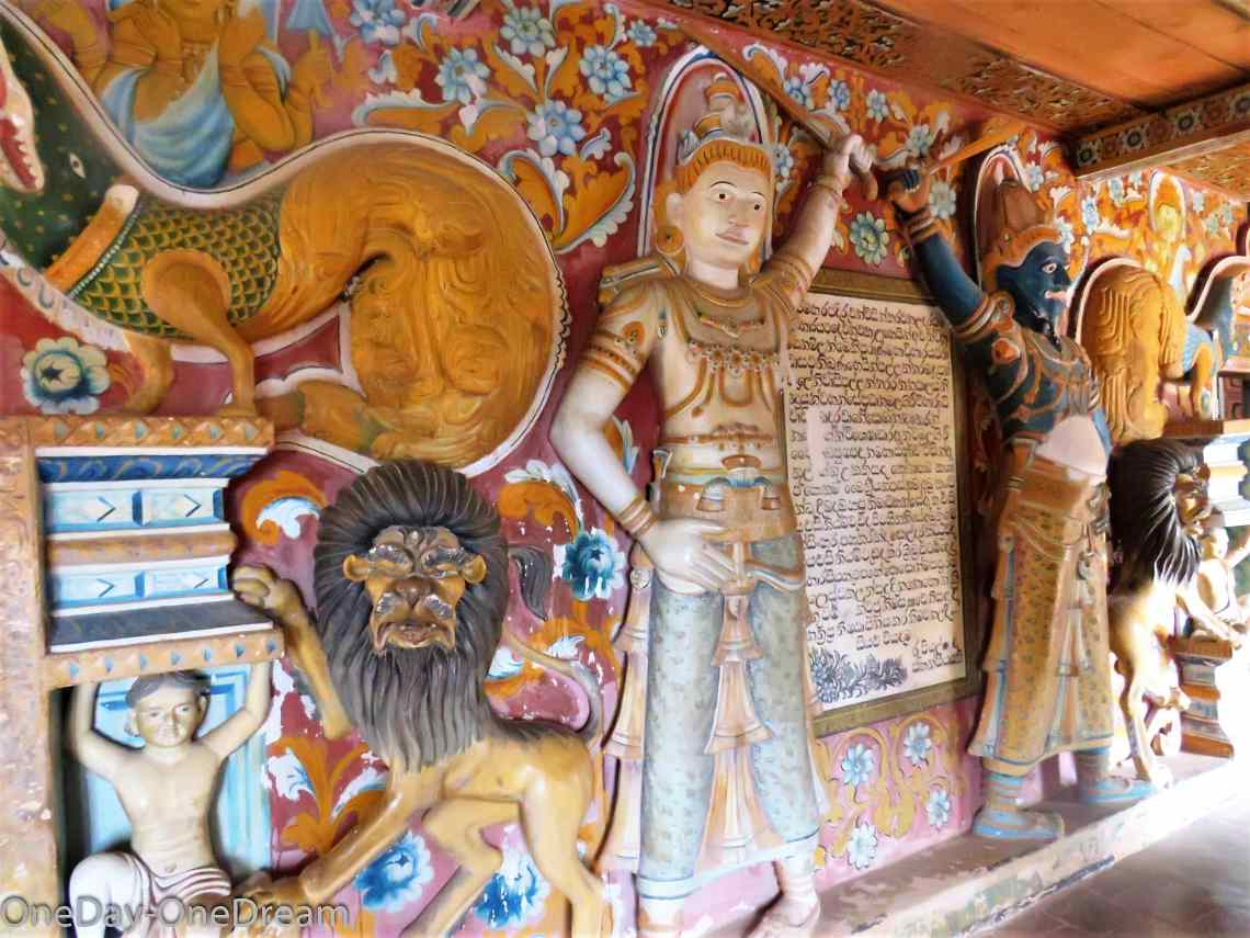 rock-temple-paintings