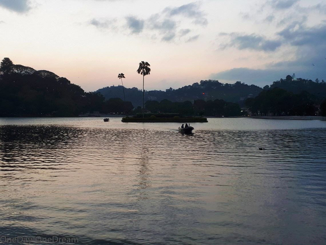 kandy-sunset