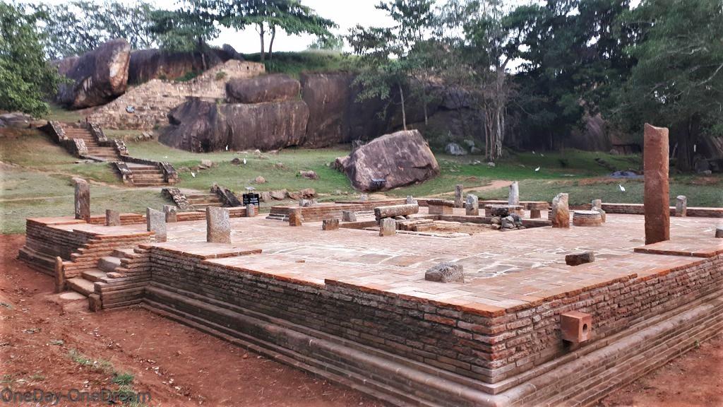 ruines-anuradhapura