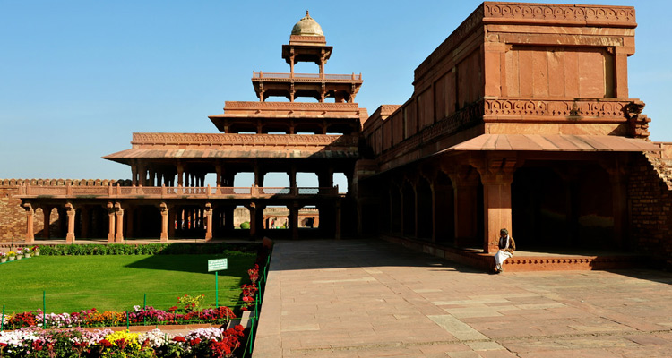 One Day Agra and Fatehpur Sikri Sightseeing Trip by Car Fatehpur Sikri