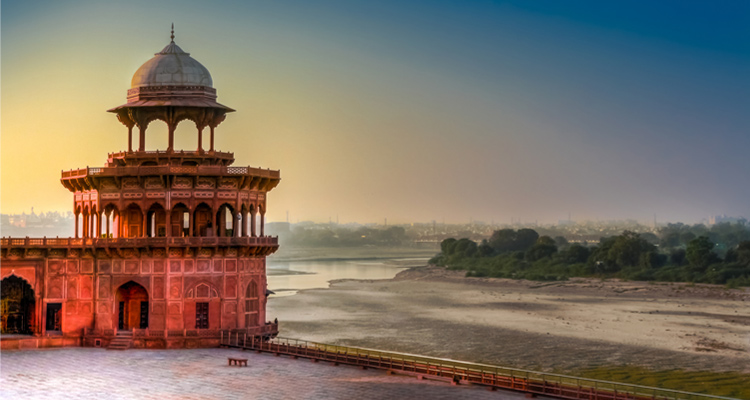 Package Glimpse One Day Agra and Fatehpur Sikri Sightseeing Trip by Car