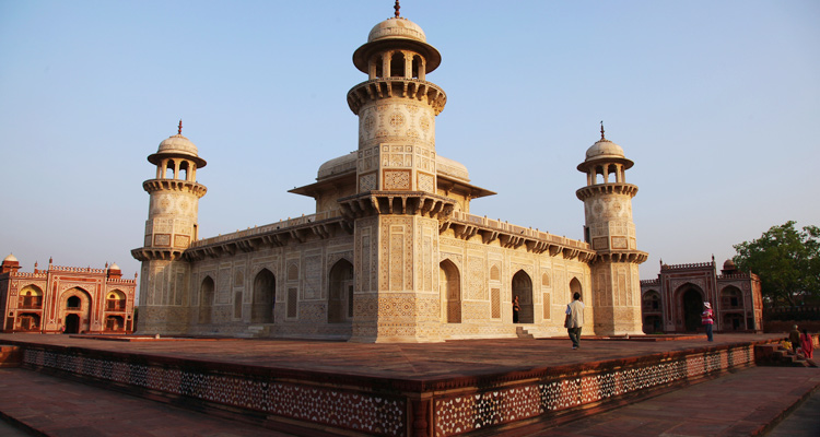 One Day Agra Local Sightseeing Trip by Car Tomb of Itmad-ud-Daulah
