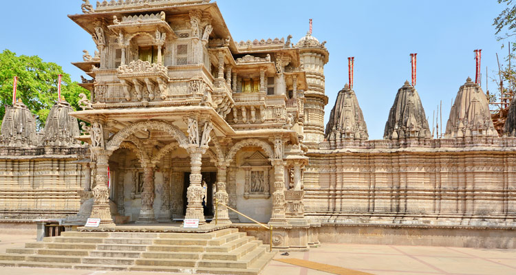 One Day Ahmedabad Local Sightseeing Trip by Car Hathee Singh Jain Temple