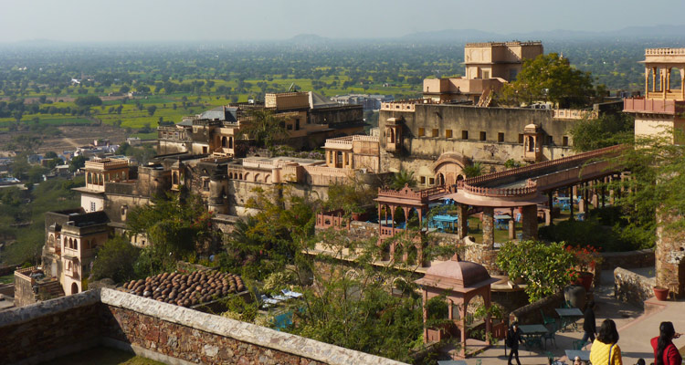 One Day Alwar Local Sightseeing Trip by Car Alwar Fort