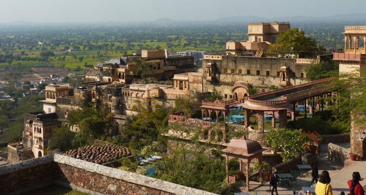 One Day Alwar Local Sightseeing Trip by Car Alwar Fort
