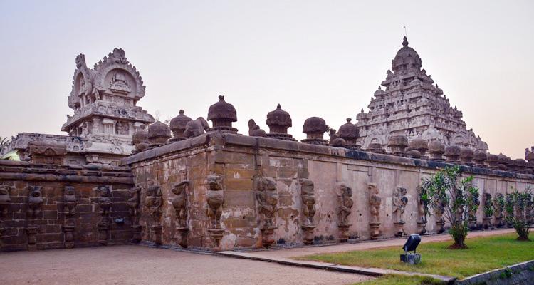 One Day Chennai to Kanchipuram Trip by Car Kumarakottam Temple