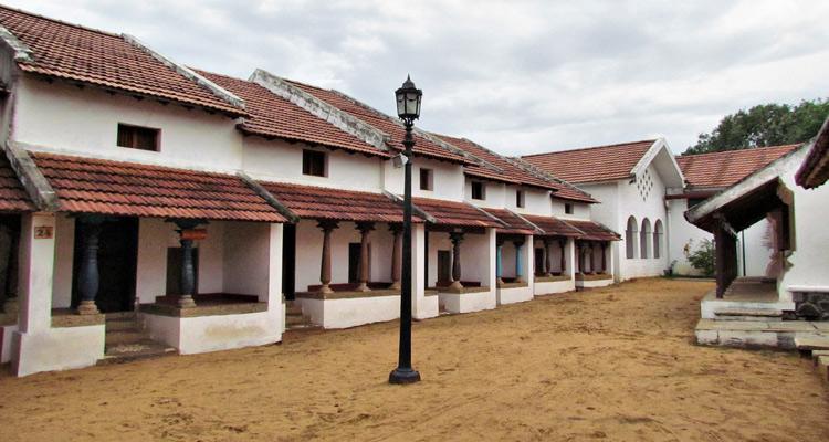 One Day Chennai to Mahabalipuram Trip by Car DakshinaChitra