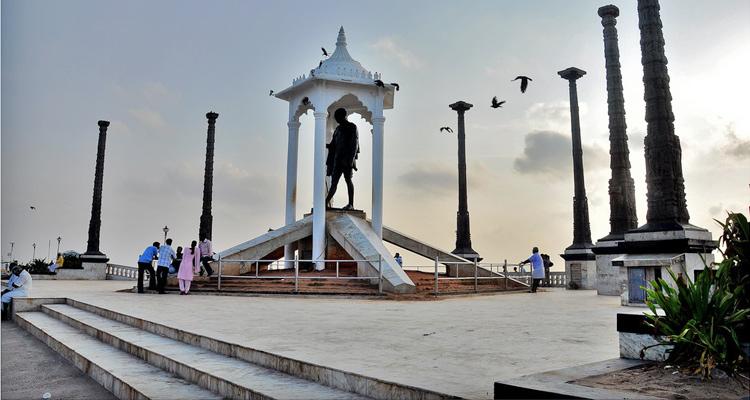 One Day Chennai to Pondicherry Trip by Car Gandhi Statue