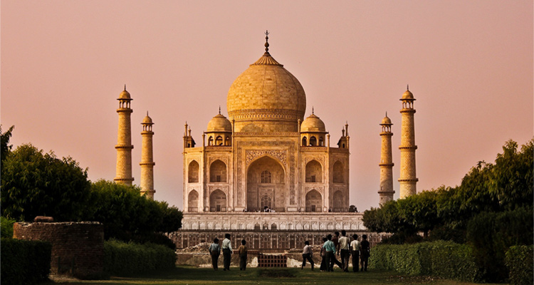 One Day Delhi to Agra Trip by Car Taj Mahal
