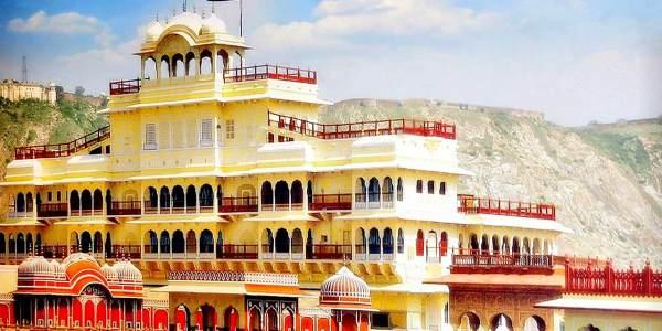 One Day Delhi to Jaipur Trip by Car Header