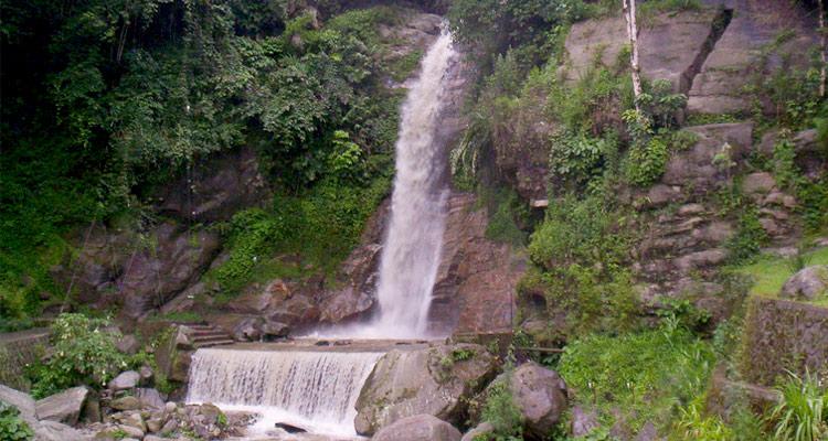 One Day Gangtok Local Sightseeing Trip by Car Ban Jhakri Falls