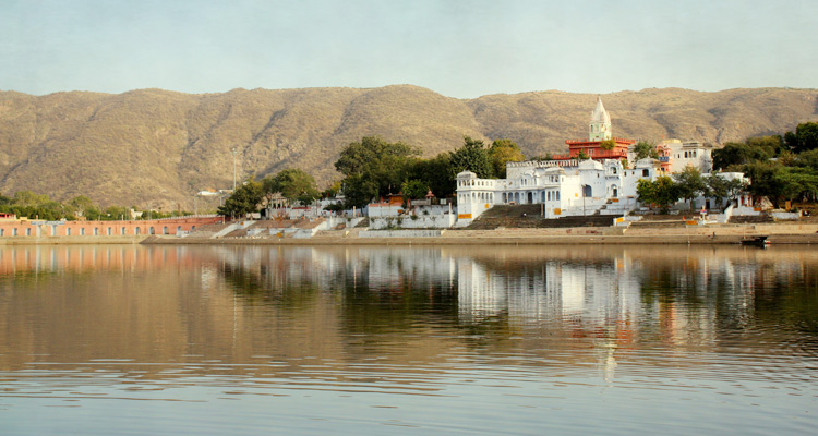 One Day Jaipur to Ajmer and Pushkar Trip by Car Brahma Temple