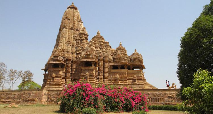 One Day Khajuraho Local Sightseeing Trip by Car Kandariya Mahadev Temple