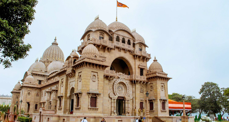 One Day Kolkata Local Sightseeing Trip by Car Belur Math Ramakrishna Mission