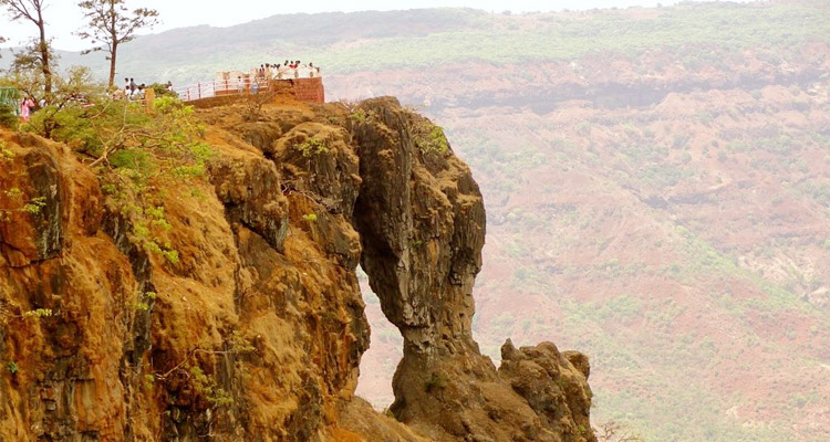 One Day Mahabaleshwar Local Sightseeing Trip by Car Elephant's Head Point