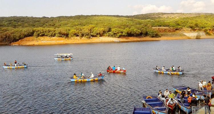 One Day Mahabaleshwar Local Sightseeing Trip by Car Venna Lake