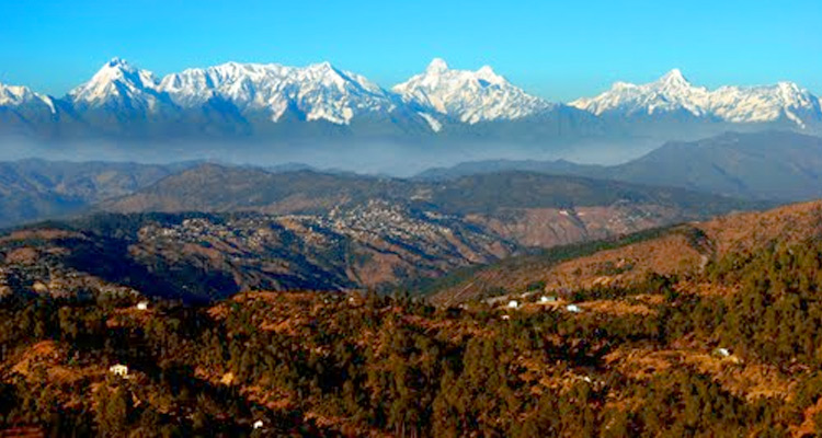 One Day Mukteshwar Local Sightseeing Trip by Car Sitla