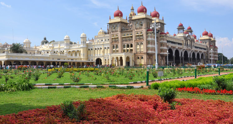 One Day Mysore Local Sightseeing Trip by Car Mysore Maharaja Palace