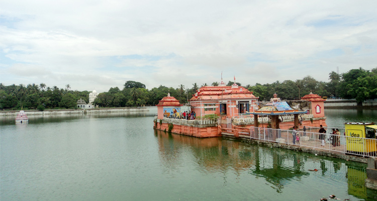 One Day Puri Local Sightseeing Trip by Car Narendra Tank