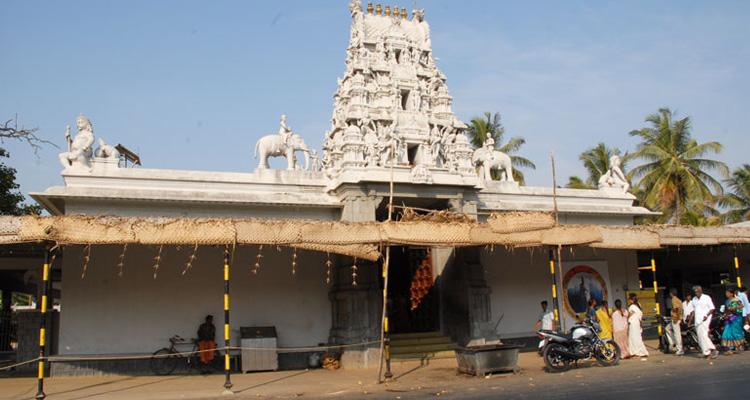 1 Day Coimbatore to Pollachi and Valparai Tour by Cab Eachanari Temple