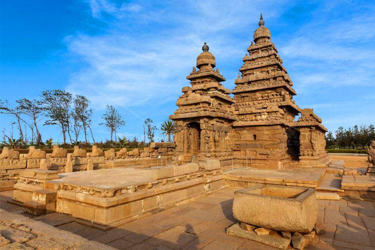 Mahabalipuram Seashore Temple with 1 Day Chennai to Mahabalipuram & Pondicherry Trip by Car